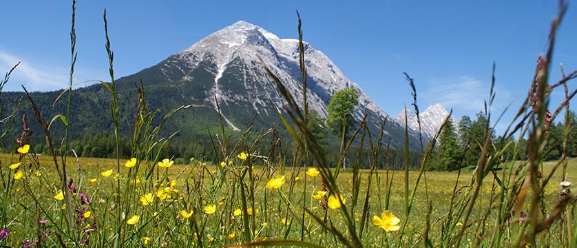 Austria_Austrian-Tyrol_Seefeld_Mountain-view2.jpg